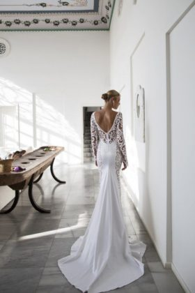 back less gowns
