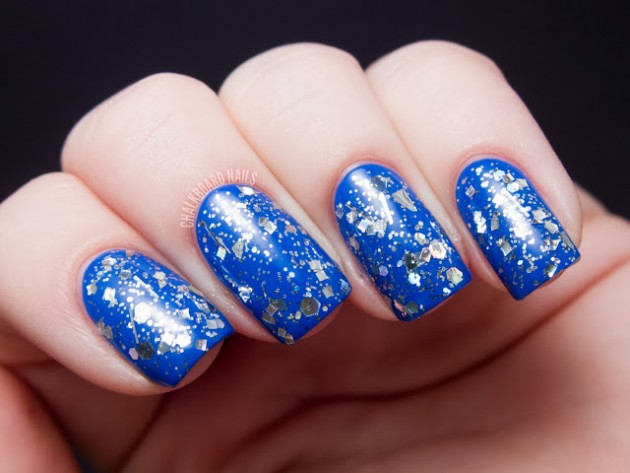 Sharp blue nail paint