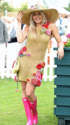 Crochet Dresses For Women To Be Worn In Spring Summer