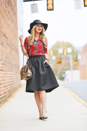Midi Skirts Outfits Woman Should Try This Summer 2017