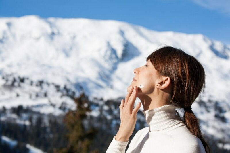 Importance of sunscreen during winters