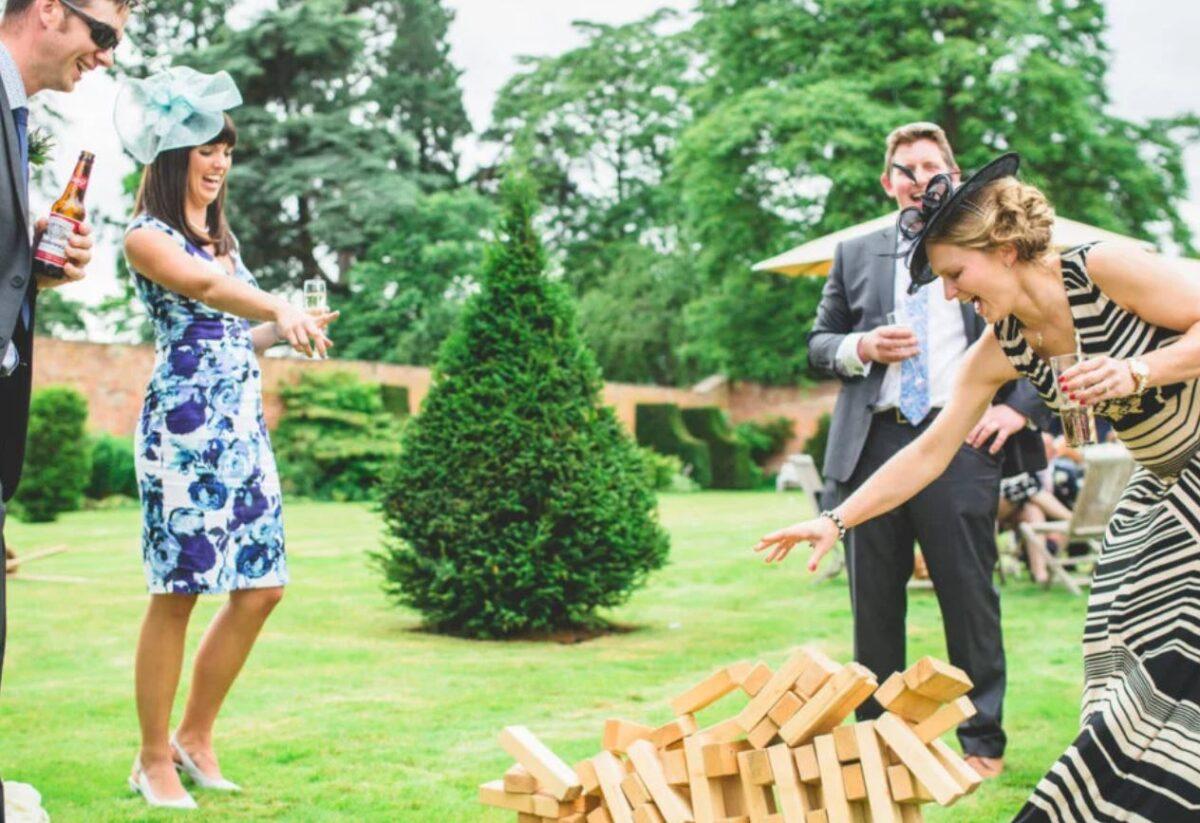 garden-entertainment-wedding-1200x823.jpg