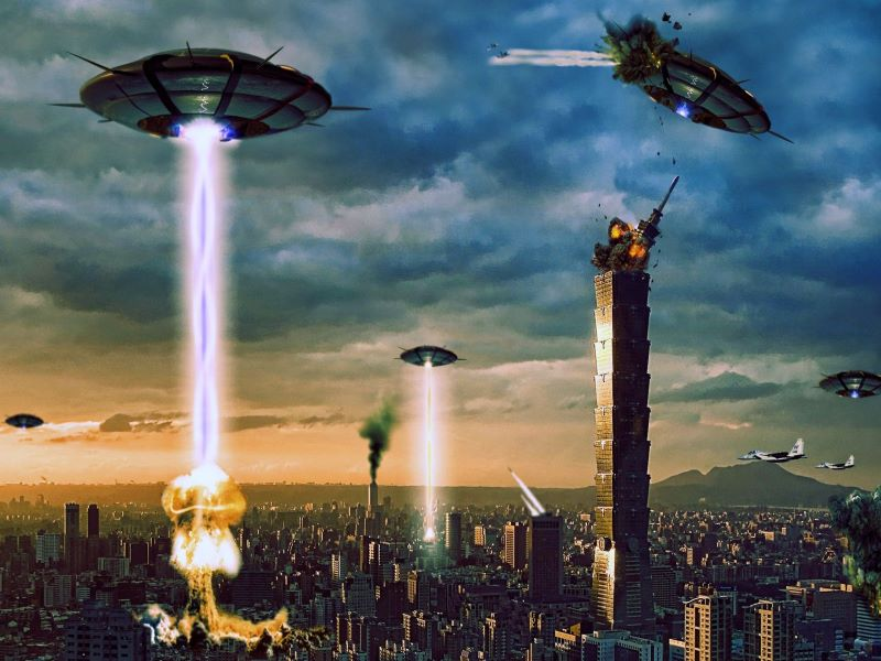 <span style='color:#00000;font-size:36px;'>E.T Don't Go Home! Why An Alien Invasion Could Save Humanity From the Climate Crisis</span><h3> An alien invasion would unite humanity against a common enemy </h3>