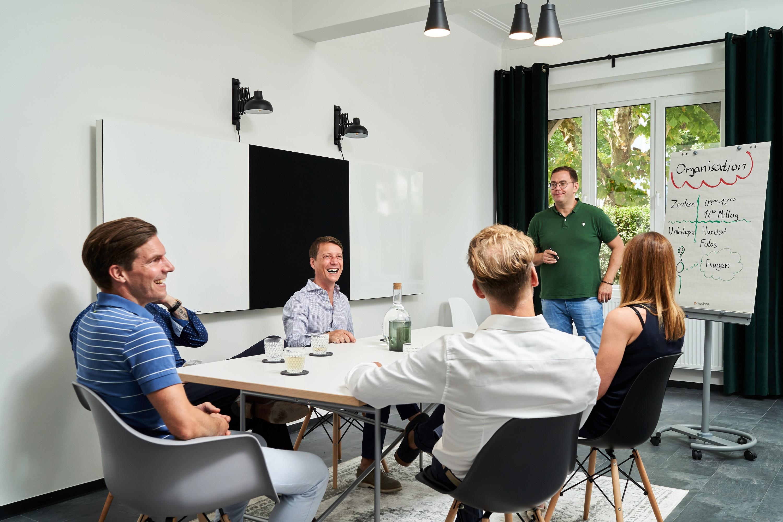 Teammeeting im Meetingraum Das Zollern Südstadt in Ludwigsburg