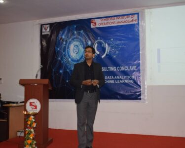 Contemporary Trends in SupplyChain - Key Note Speech at SIOM Nashik Ecommerce Workshop Supplychain Lecture Scmconsulting Scmcourse Sccourse Supplychaincareer Supplychainiot Logisticscourse Supplychaincasestudy Logisticscasestudy Ecommercecasestudy Supplychain Logistics Gstsupplychain Gstlogistics Alvislazarus Scmlecture Logisticslecture Supplychainconsultant Logisticsconsultant Gstconsultant Scmiotconsultant Scmconsultantindia Supplychain Consultant Bangalore