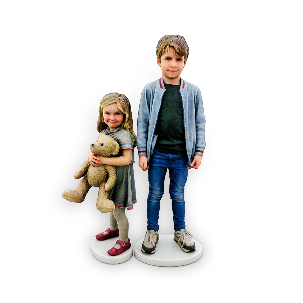 my3Dtwin, 3D Printed Figurines of two kids with teddy bear in hands