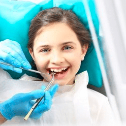What is a pediatric dentist? Where do i find a pediatric dentist in Bangalore?