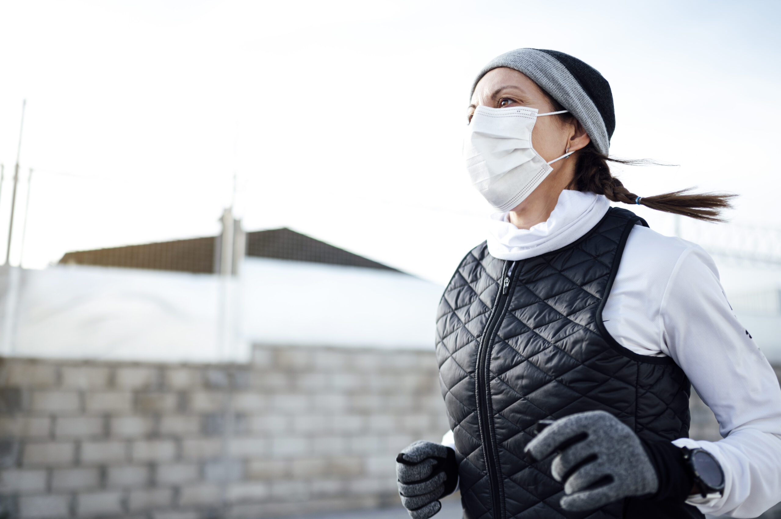 runner with facemask
