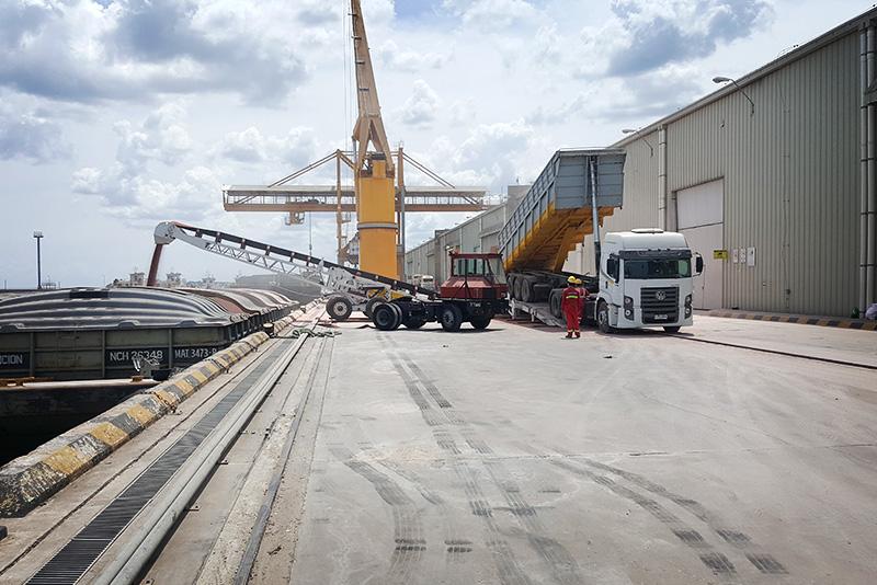 river-terminals-01-Port-of-Nueva-Palmir-Colonia-Urguaya