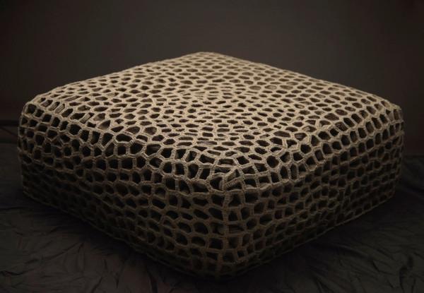 hive-ottoman-monomoka-full-600x415