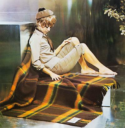 AaBe Dutch design wool blanket 1970s ad