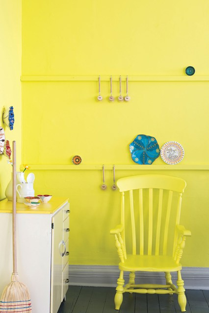Yellowcake-easy-living-22oct13_pr_b_426x639