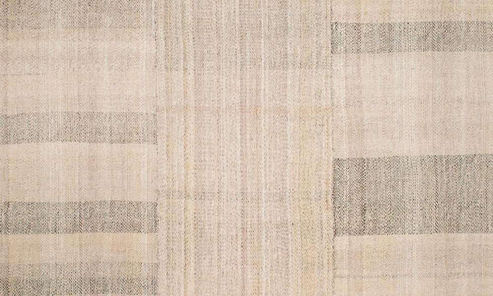 Minimalism rug (detail) by Lila Valadan