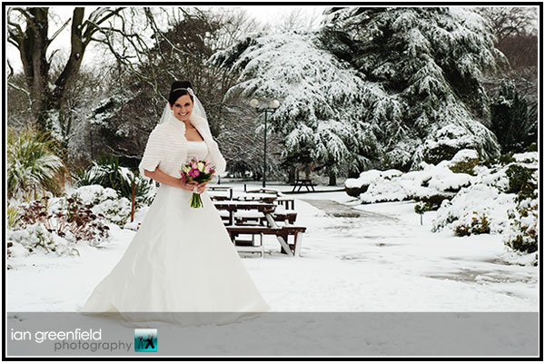 wedding-photographers-owston-hall-doncaster (7