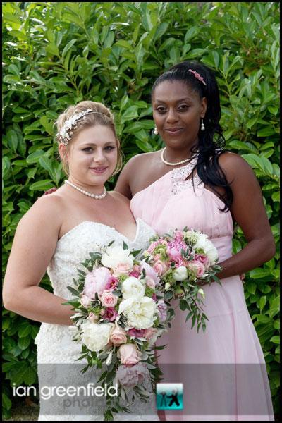 mount pleasant hotel doncaster bride with bridesmaid