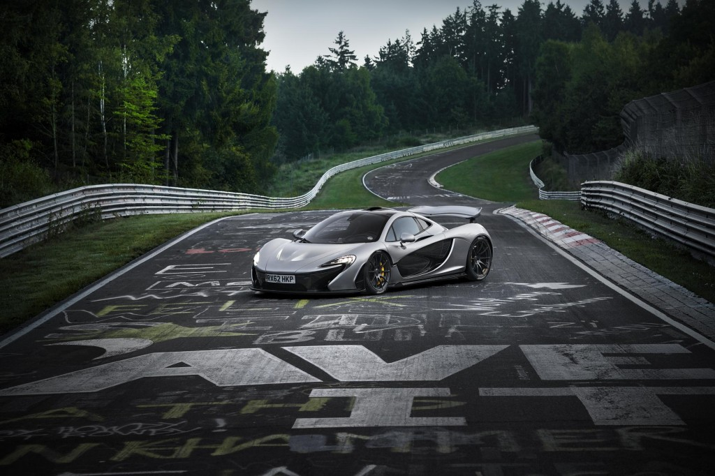 LeadImage-McLaren_P1_NurburgringTest-3000