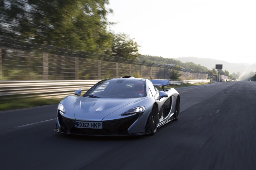 McLaren_P1_NurburgringTest-2038