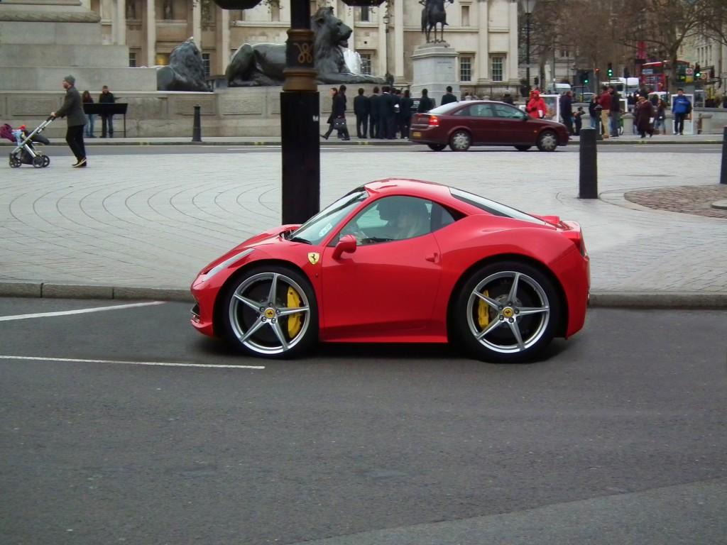 Ferrari 458 Italia Compact