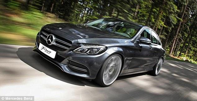 Mercedes-Benz_New_C_Class_Saloon_2014