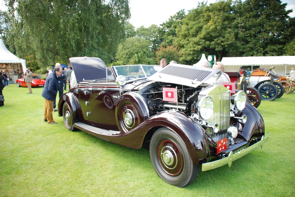 Concours-of-Elegance-2015-Palace of Holyroodhouse-Edinburgh (167)