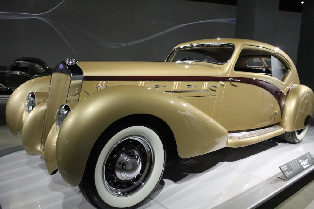 petersen-automotive-museum-Delange D8-120 Coupe Aerosport by Letourneur et Marchand