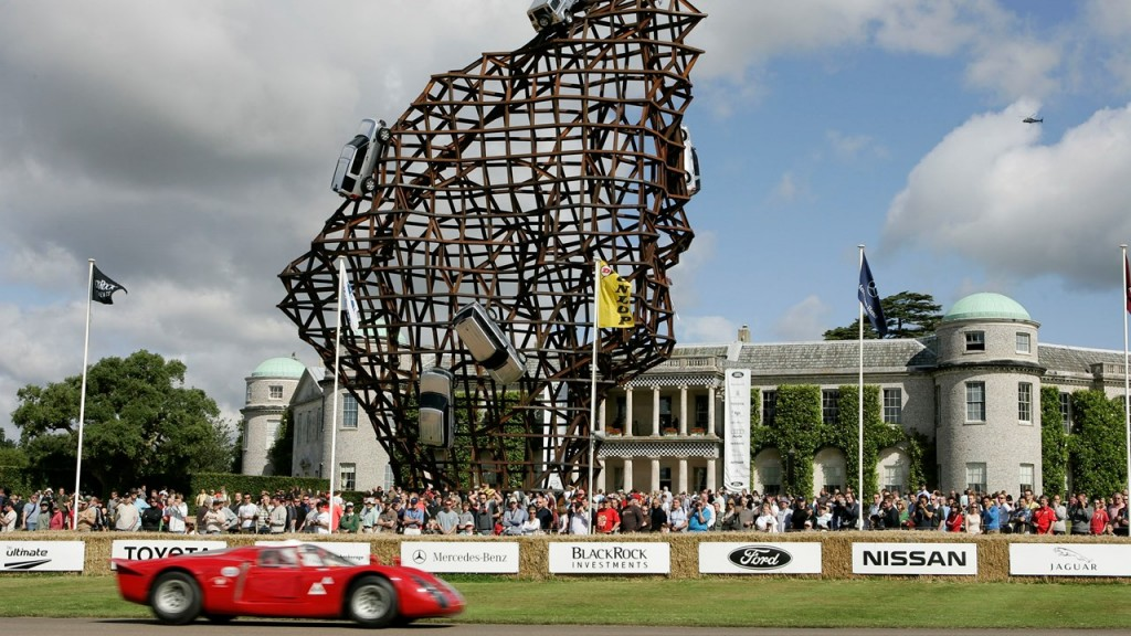 2008-Goodwood-Festival-of-Speed-Sculpture-land-rover