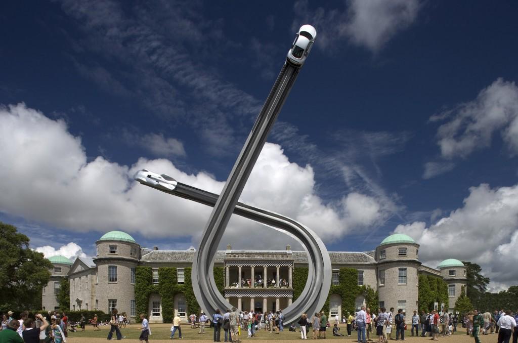 2009-Goodwood-Festival-of-Speed-Sculpture-Audi
