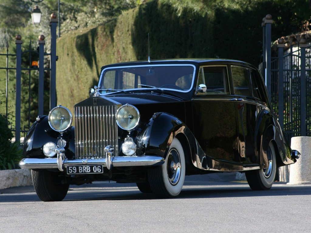 1953c2a0rolls-roycec2a0silver-wraith-limousine-by-hooper-2