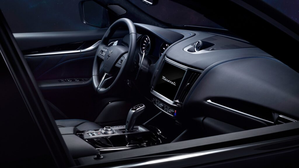maserati levante hybrid interior
