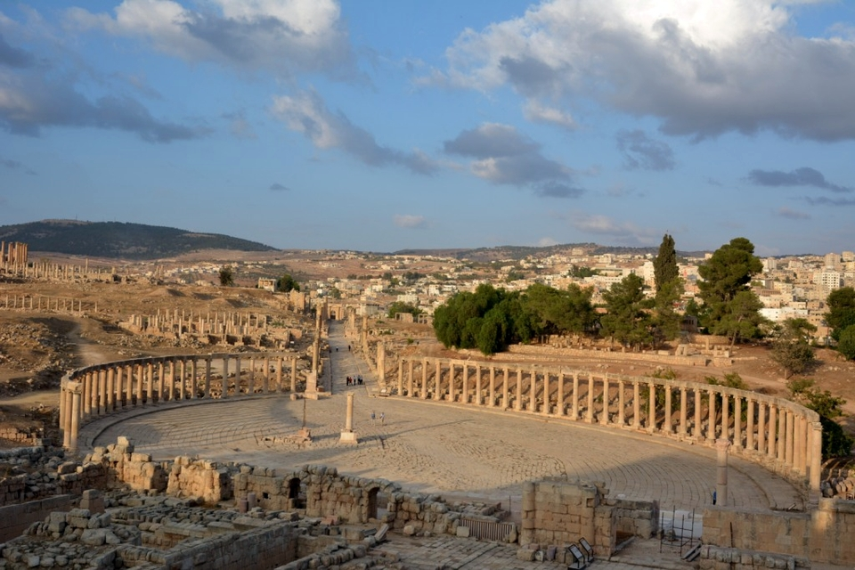 Oval Forum and Cardo Maximus, Jerash