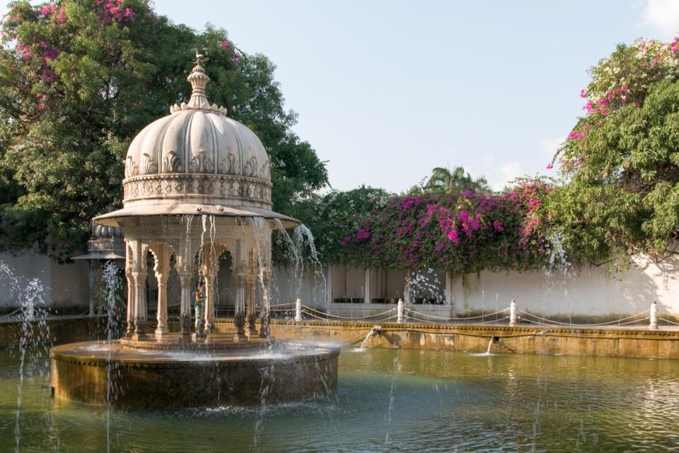 Udaipur Sahelion Ki Bari
