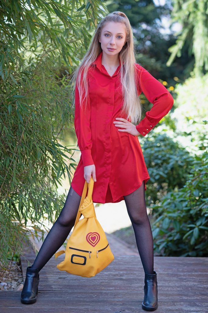 Radka Fashion Handsfree Bag on Czech TV