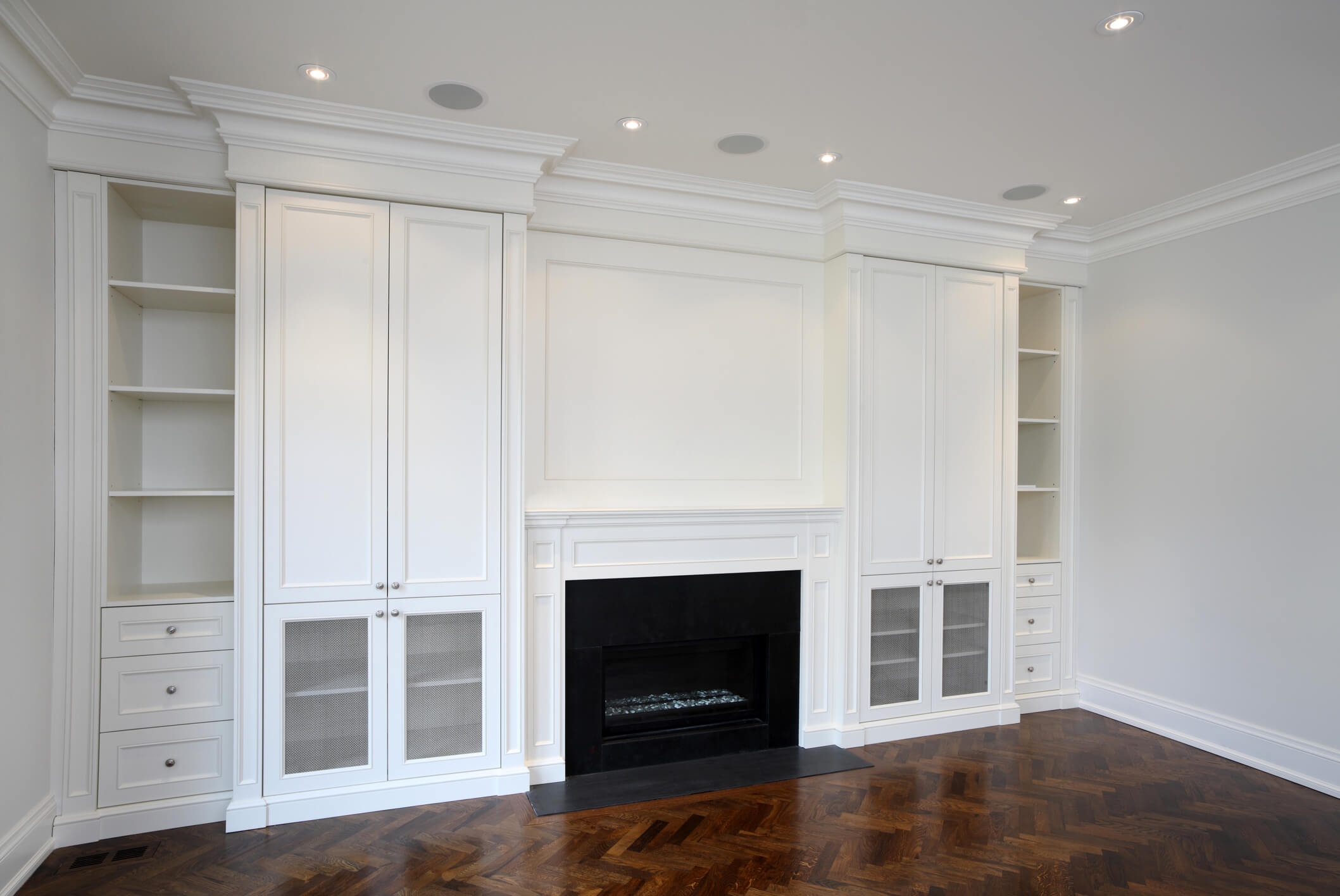 Fitted Furniture, Shelfs, Cupboards, Drawers, Fireplace, Bespoke Furniture, Elegant Bespoke Living