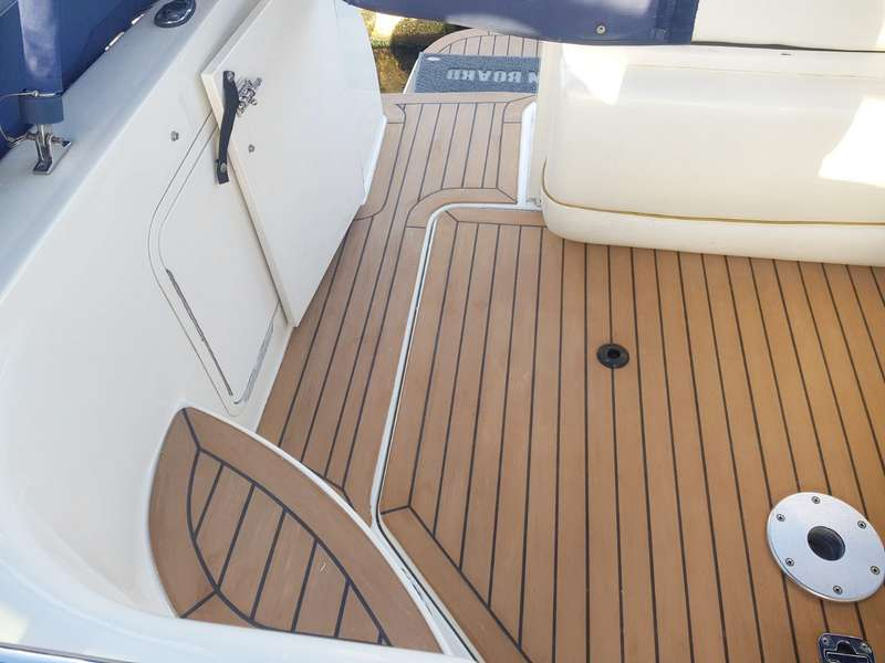 Synthetic teak deck on classic yacht