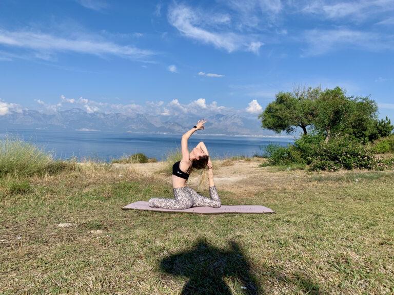 Hangi Yoga Tarzı Size Daha Uygun? Bedeninize ve Ruhunuza En Uygun Yoga Stilini Keşfedin