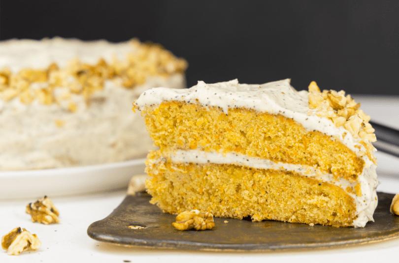 Carrot Cake cu cremă de Earl Grey