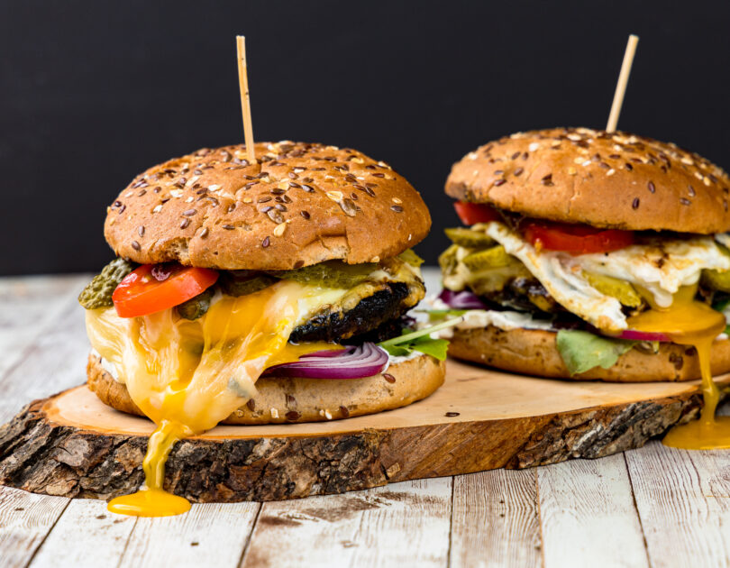 Hamburger cu ciuperci Portobello