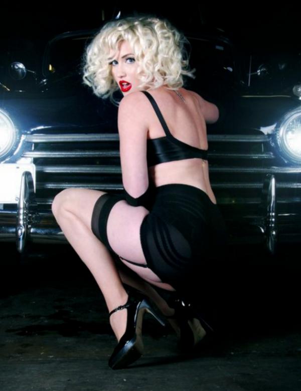 Rago shapewear 1359 Girdle in Black with FREE Pretty Polly stockings worth £12.99