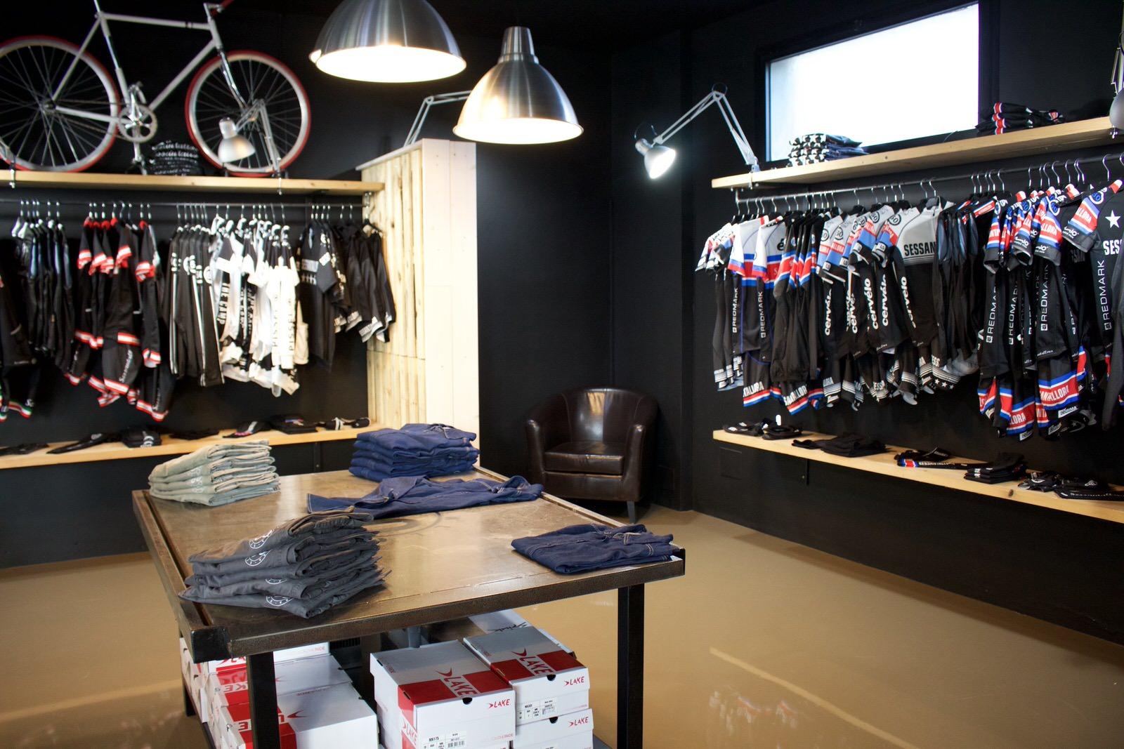 sessantallora_milanomarittima_store_mima_milano_marittima_cadorna_abbigliamento_tecnico_bici_bike