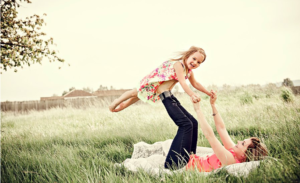 35 Creative Family Photography Ideas