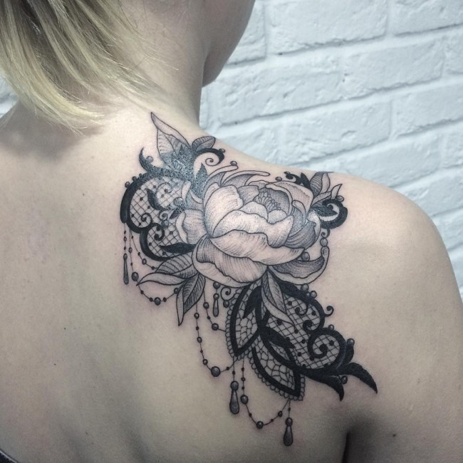 Cute Shoulder Lace Tattoo