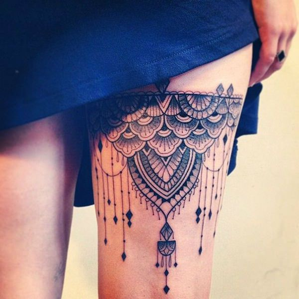 Hanging Lace Leg Band Tattoo