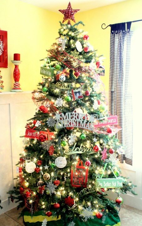 Unique Christmas Tree Themes Ideas