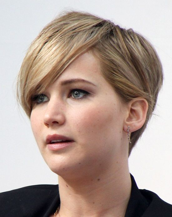 Elegant Short Hairstyles For Women (11)