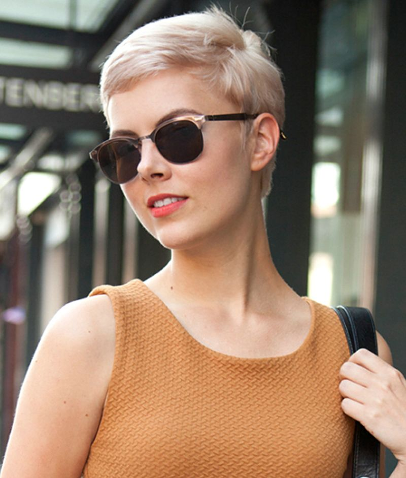 Elegant Short Hairstyles For Women (12)