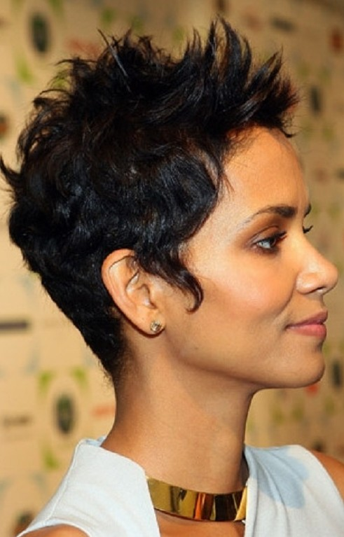 Elegant Short Hairstyles For Women (26)
