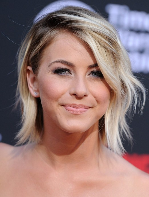 Elegant Short Hairstyles For Women (33)