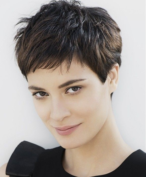 Elegant Short Hairstyles For Women (41)