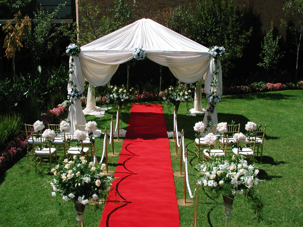 Outdoor Wedding Decoration beautifulfeed (8)