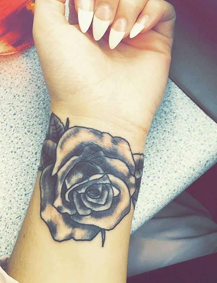 Wrist Tattoos Ideas For Men And Women (21)